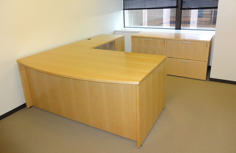Private Office Desks Contract Furnishings Denver 39 S Premier New And Used Furniture